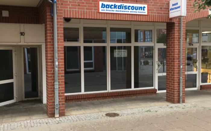 Ladengeschäft in der Fußgängerzone von Hagenow